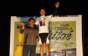 Pablo Seisdedos del equipo Grottes es el líder en Chiloe