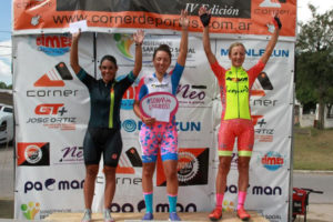 Aranza Villalón campeonapor segundo año en la Vuelta a la Pampa en Argentina