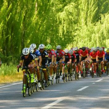 Mauro Richeze repite su triunfo en un apretado sprint en la ciudad de Graneros