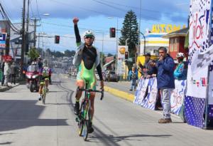 Gastón Javier se queda con primera etapa de la Vuelta a Chiloé