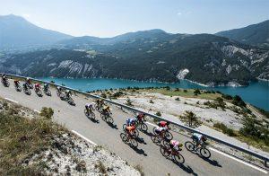 La UCI reprograma las tres grandes vueltas